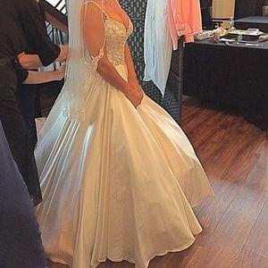 Dresses & Skirts - Bridal Petticoat NWOT OS